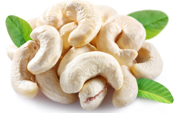 andalucia nuts - cashew - leaf